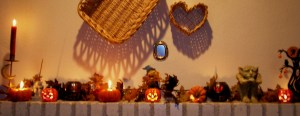 Halloween Mantel by RC